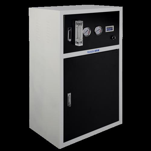 100o高温 不变形 850o防燃烧 灼热丝或金属物件特别注意:不可使用明火燃烧插座 质量更轻